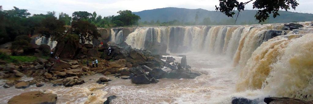Fiumi del Kenya-Fourteen Falls-Fiume Athi